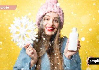 10 kosmetyków i sposobów, które uratują włosy zimą