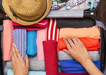 5 trików na pakowanie walizki – jak się spakować do samolotu?