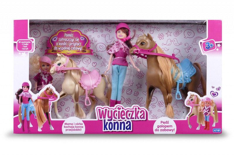 Artyk, lalka Natalia na wycieczce konnej