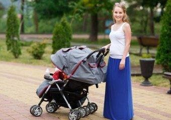 Bliźniaki - wybór wózka bliźniaczego