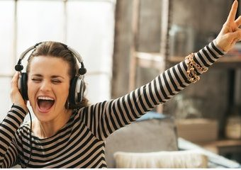 Co dzieje się z Twoim ciałem i umysłem, kiedy słuchasz muzyki?
