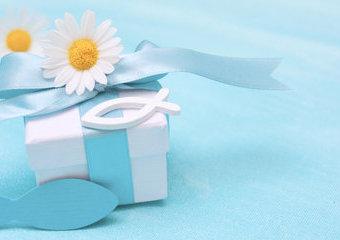 Co kupić na chrzest dla chłopca? 10 pomysłów na prezenty