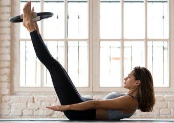 Co to jest pilates? Na czym polega trening pilates i kto najbardziej na nim skorzysta?