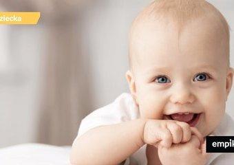 Co widzi niemowlę? Jak wybrać pierwszą zabawkę?