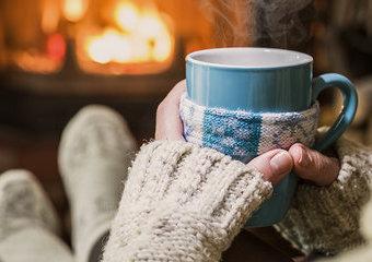 Czarna herbata inaczej: 3 niestandardowe propozycje podania w sam raz na zimowy wieczór