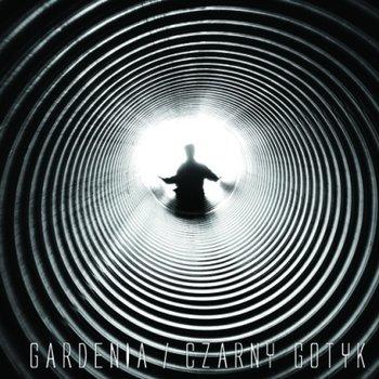 Czarny Gotyk-Gardenia