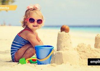 Do piasku, wody i przyrody – zabieramy zabawki na wakacje