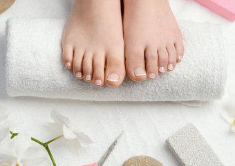 Domowy pedicure. Jak zadbać o piękne stopy?