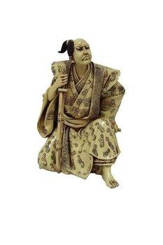 Figurka dekoracyjna Bond Samuraj, 18x15x23 cm-Pigmejka
