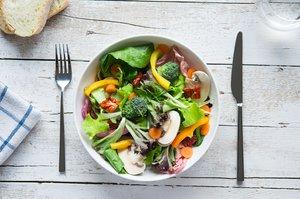 7 książek, które zmienią Twoje myślenie o jedzeniu