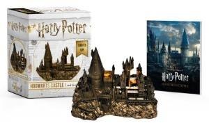 Harry Potter Hogwarts Castle and Sticker Book-Opracowanie zbiorowe