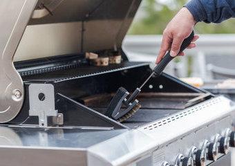 Jak czyścić grill gazowy?