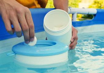 Jak dbać o wodę w basenie ogrodowym?