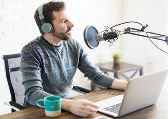 Jak nagrywać podcasty? Topowe mikrofony komputerowe