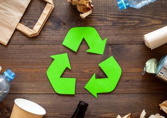 Jak segregować śmieci? Polecane kosze do segregacji