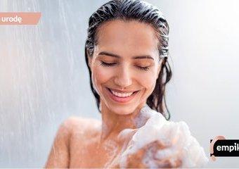 Jak ujędrniać ciało pod prysznicem?