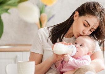 Jak wybrać butelkę antykolkową dla dziecka?