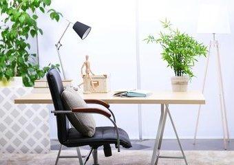 Jak wybrać krzesło obrotowe do biurka?