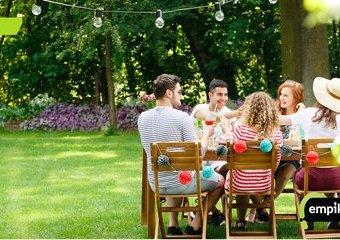Jak zorganizować letnie przyjęcie w plenerze?