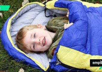 Jaki wybrać śpiwór dla dziecka do spania w namiocie?