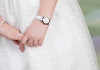 Jaki zegarek na Komunię kupić w prezencie? Zegarki dla dziewczynek i chłopców