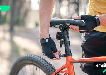 Jakie siodełko rowerowe męskie wybrać, by było komfortowe?