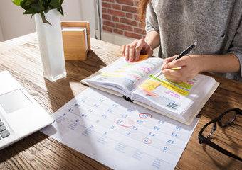 Kalendarz szkolny na rok 2021/2022 – jaki wybrać i dlaczego warto?