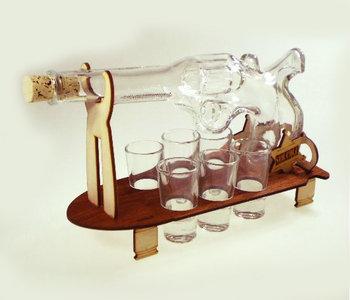 Karafka na alkohol - rewolwer, 500 ml + 6 szt. kieliszków-Pigmejka
