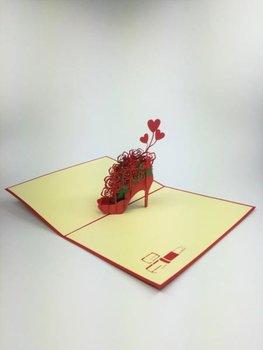 Karnet na każdą okazję 3D, But z bukietem kwiatów