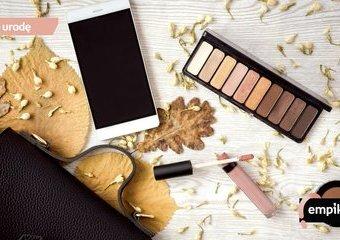 Kobiecy niezbędnik na jesień. Co włożyć do kosmetyczki jesienią?