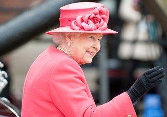 Królowa Elżbieta – władczyni inna niż wszystkie
