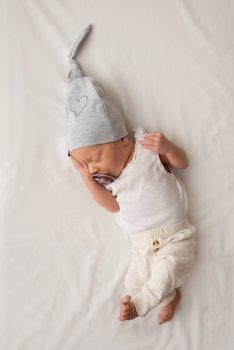 Lulaby, Czapka Krasnal dla niemowlaka, bawełniana, Szary-Lulaby