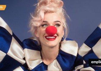 """Macierzyństwo i nowa płyta. Premiera """"Smile"""" Katy Perry"""