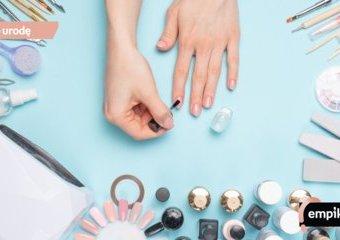 Manicure hybrydowy w domu – jak go zrobić samemu?