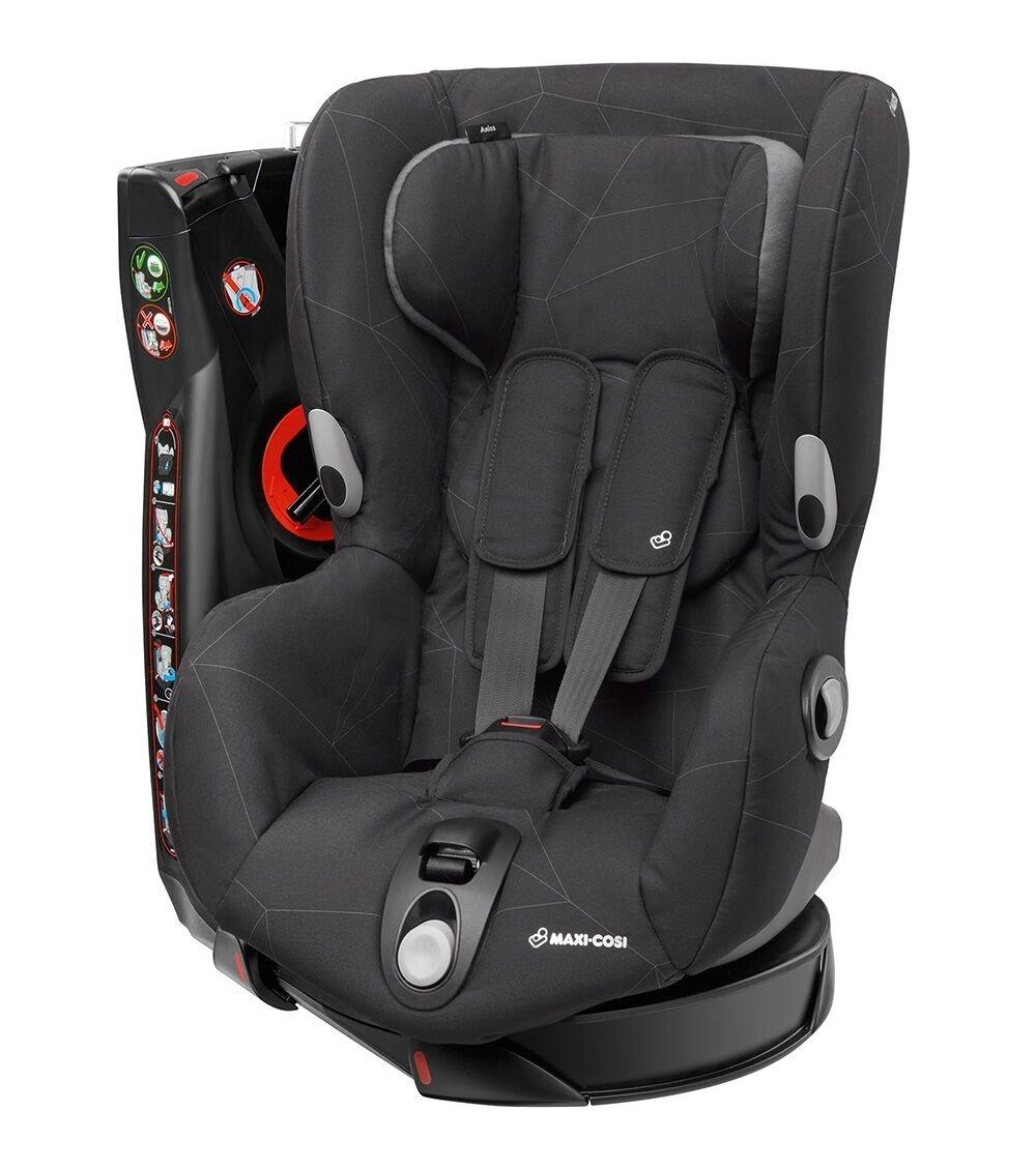 maxi cosi axiss fotelik samochodowy z obrotowym siedziskiem 9 18 kg triangle black maxi. Black Bedroom Furniture Sets. Home Design Ideas