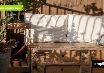 Meble z palet na balkon – jakie meble wybrać na mały balkon?