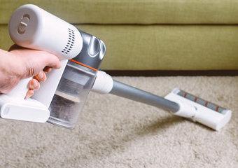 Odkurzacz myjący podłogę – czy odkurzacz mopujący to dobre rozwiązanie?