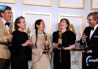 """Oscary 2021: Trzy statuetki dla """"Nomadland"""", dużymi przegranymi """"Obiecująca. Młoda. Kobieta"""" i """"Mank"""""""