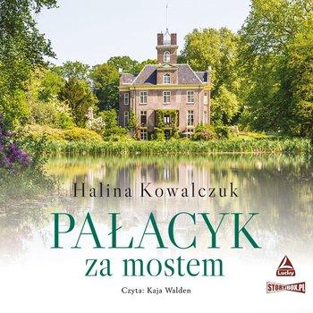 Pałacyk za mostem-Kowalczuk Halina