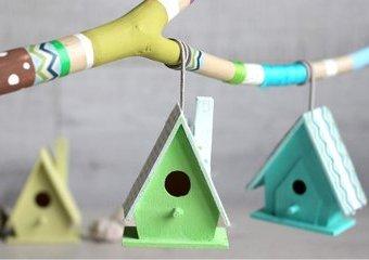 Pastelowe budki dla ptaków - stwórz wiszącą ozdobę.