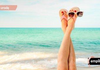 Pielęgnacja stóp podczas lata i upałów – jakie produkty stosować?