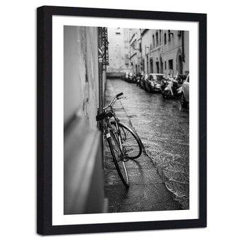 Plakat dekoracyjny w ramie czarnej FEEBY Ulica w deszczu rower, 13x18 cm-Feeby