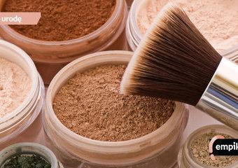 Podkład i puder mineralny – czy kosmetyki mineralne są dla każdego?