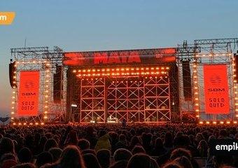 Pokolenie schodków jest silne – relacja z koncertu Maty