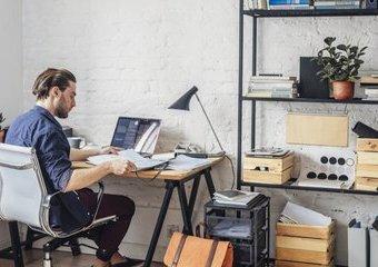 Praca zdalna. Jak zorganizować home office?