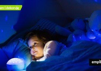 Projektor gwiazd – lampka nocna, która stworzy magiczny klimat w pokoju dziecka