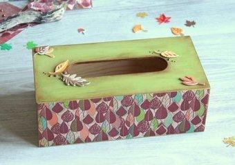 Pudełko na chusteczki w jesiennej odsłonie - ozdób je metodą decoupage