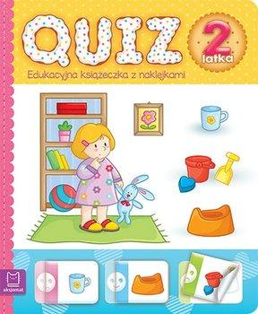 Quiz 2-latka. Edukacyjna książeczka z naklejkami-Opracowanie zbiorowe