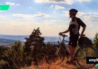 Rower trekkingowy – jaki wybrać? Dobre rowery trekkingowe
