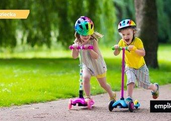 Rowery, hulajnogi, deskorolki, rolki – dlaczego każde dziecko powinno mieć swoje kółka